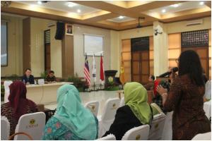 Seminar Internasional3
